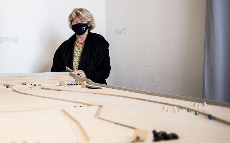 Staatsministein Monika Grütters im Oderbruchmuseum
